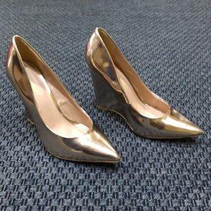ShoeDazzle * Rose Gold Wedge Heels * Size 9.5